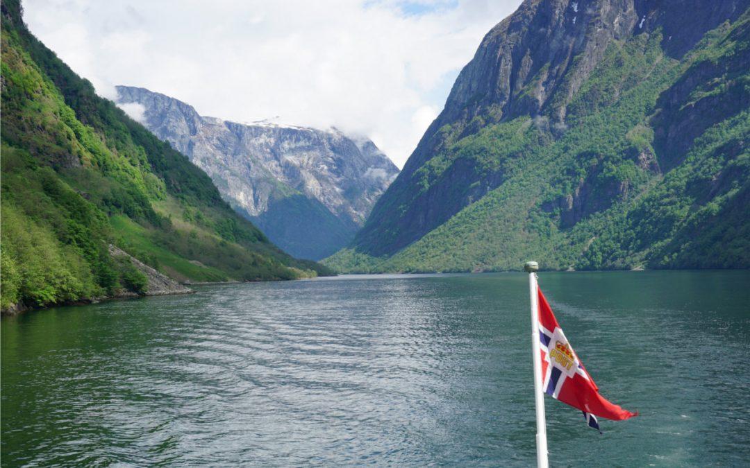 Geschützt: Fährfahrt auf dem Sognefjord zwischen Kaupanger und Gudwangen